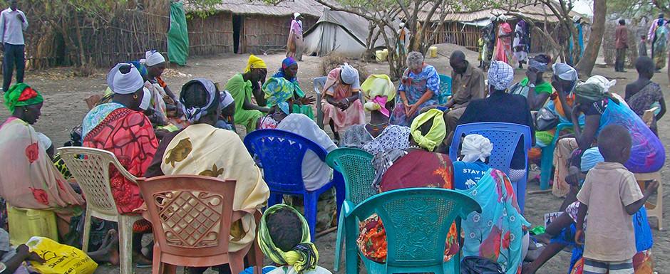 Missionary Nancy leads women in prayer